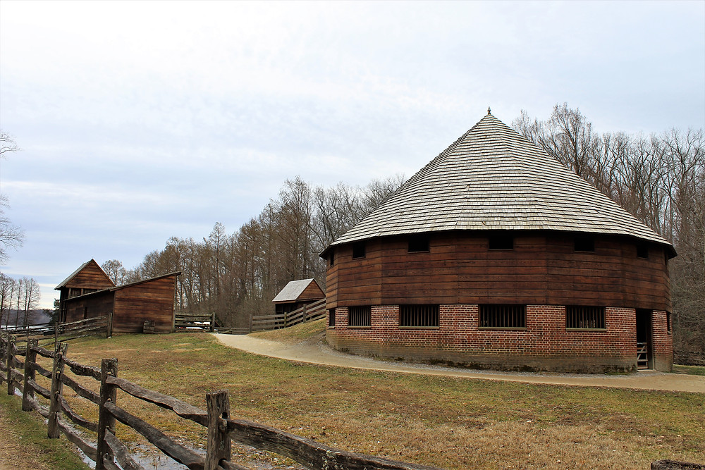 Sixteen-Sided Barn