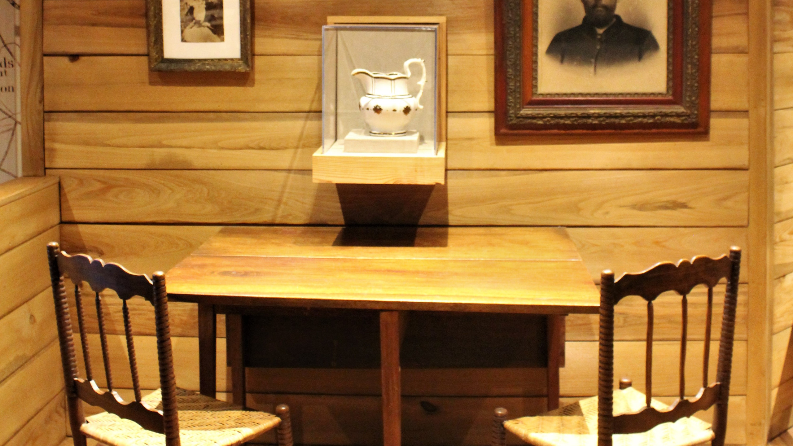 Original Bennett Table