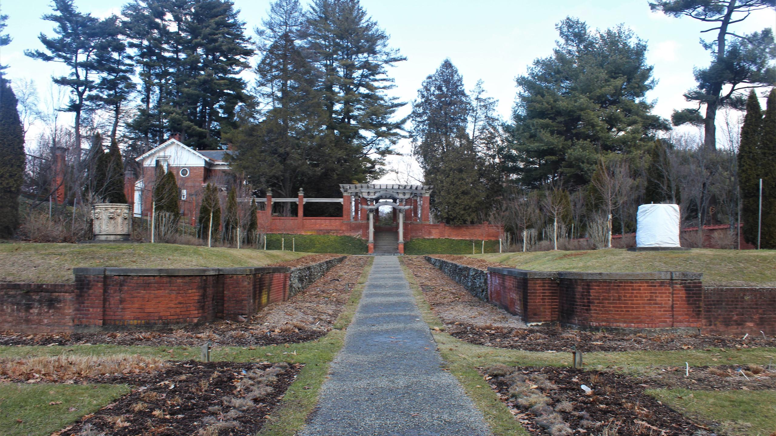 Tiered Italian Gardens