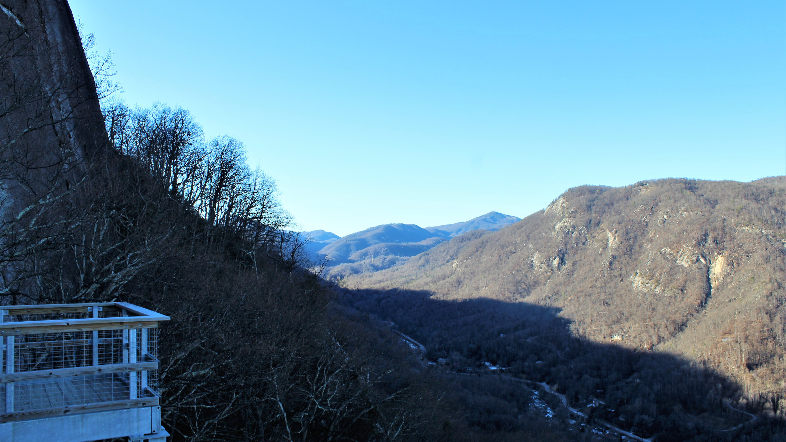 Hickory Nut Gorge from Pulpit Rock