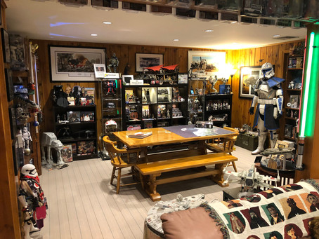 One of the Coolest Star Wars Basements You'll Ever See | Holochronicles #showmeyourcollection