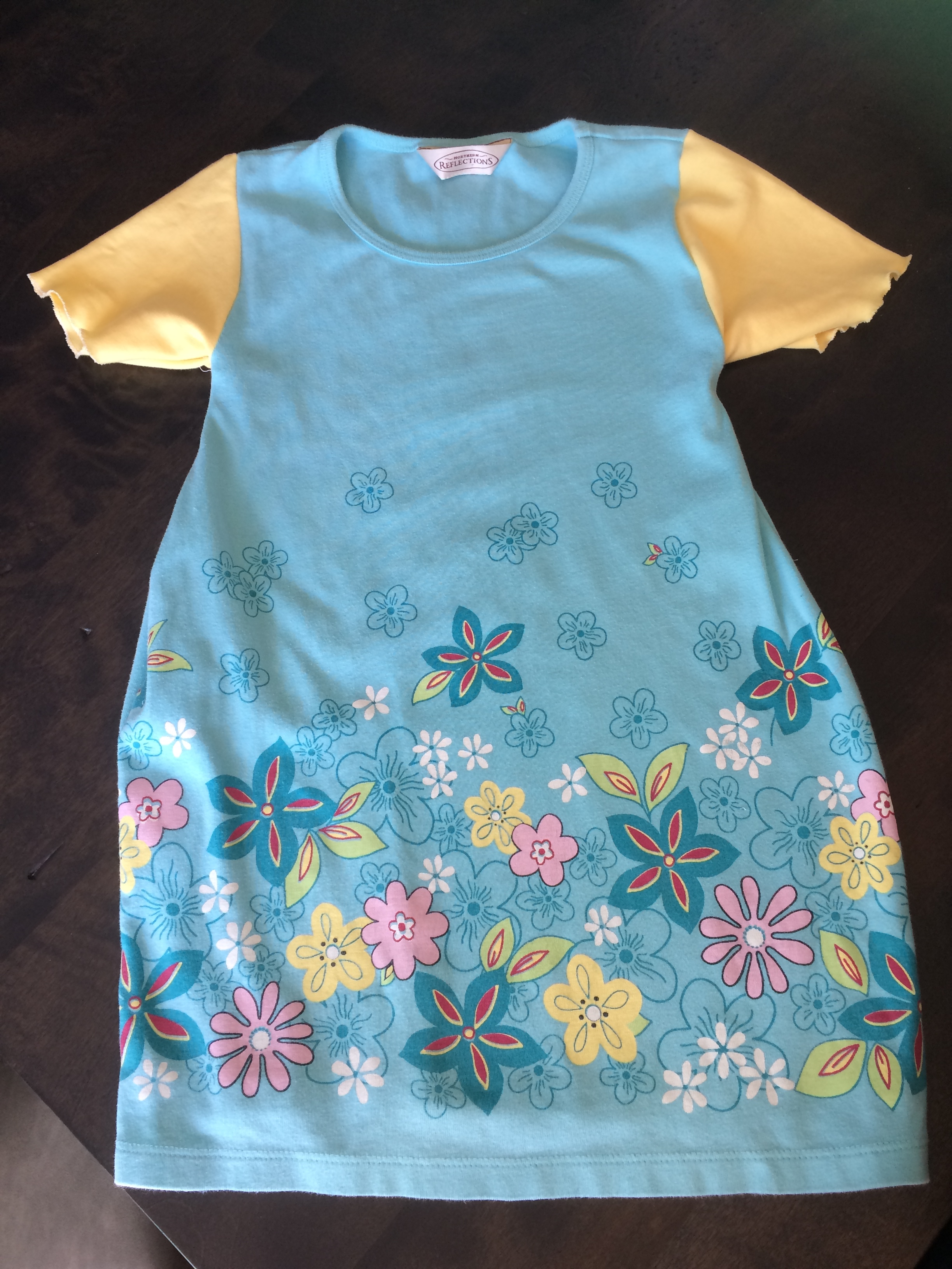 T-shirt to toddler nightdress