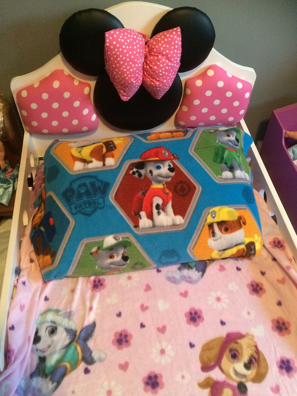 Paw patrol blanket and pillow