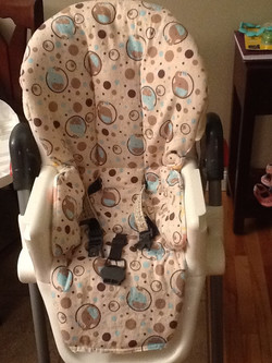 Reversible highchair cover