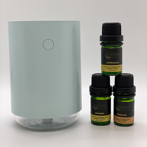 Portable Diffuser & Set Of 3 Day Essential Oil Blends