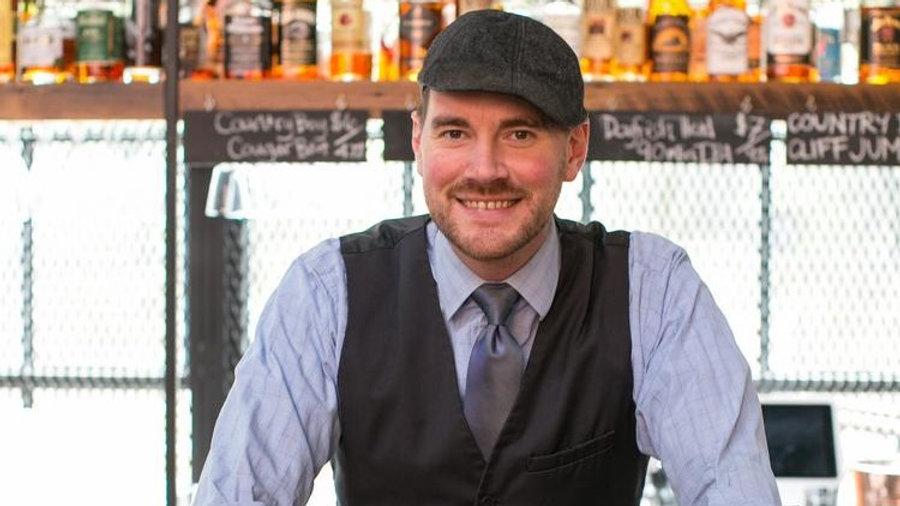 Meet-A-Mixologist Cocktail Lesson (for 10)