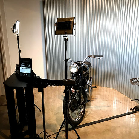 Curve photo booth with motorbike