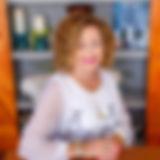 Susan_Desk_2.jpg