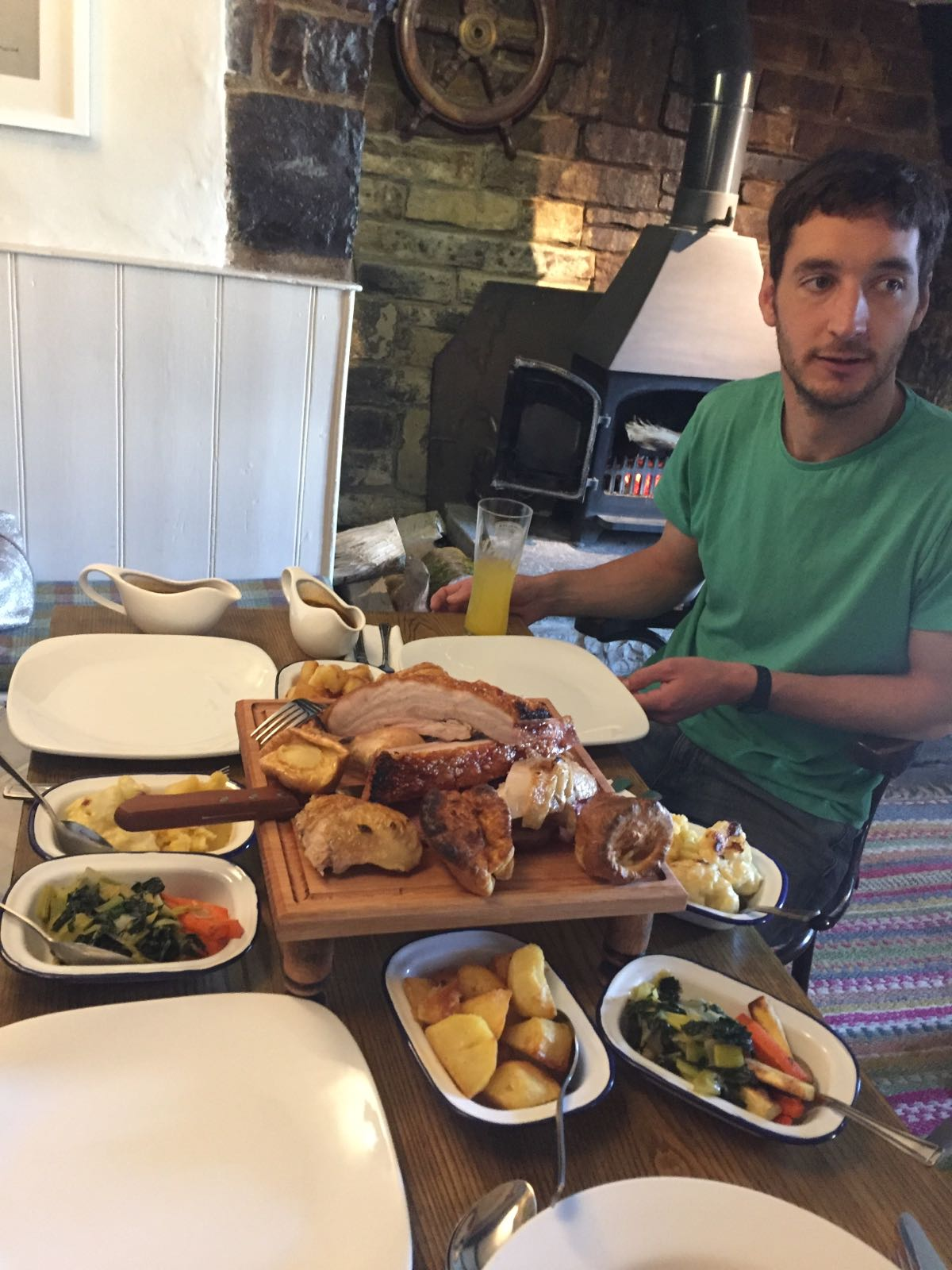 Sunday Lunch Sharing Board
