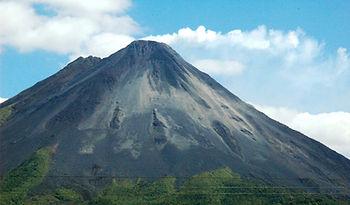 Volcan Arenal.jpg