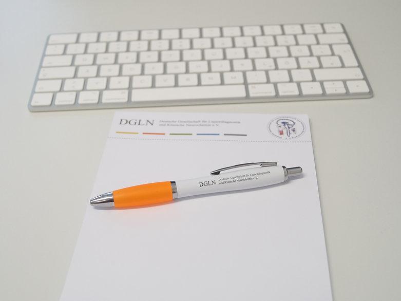 DGLN Block und Kugelschreiber2019.jpg