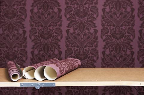 ━ Wallpapering/Painting/Decorating