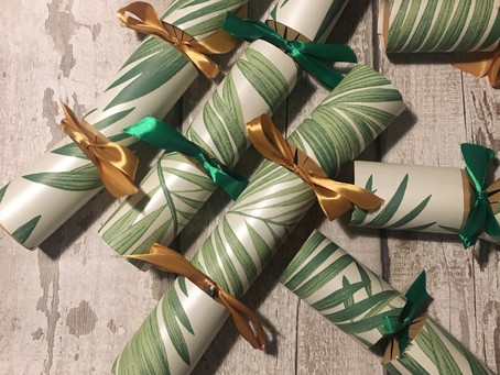 Blogmas Day 2 - Christmas Crackers