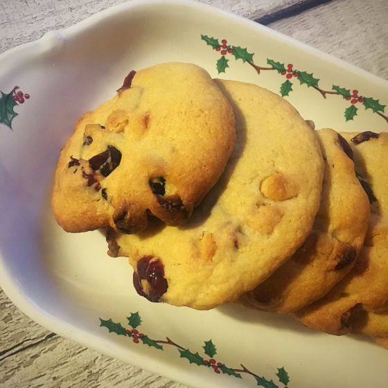 Blogmas Day 5- Christmas Cranberry And White Chocolate Biscuits