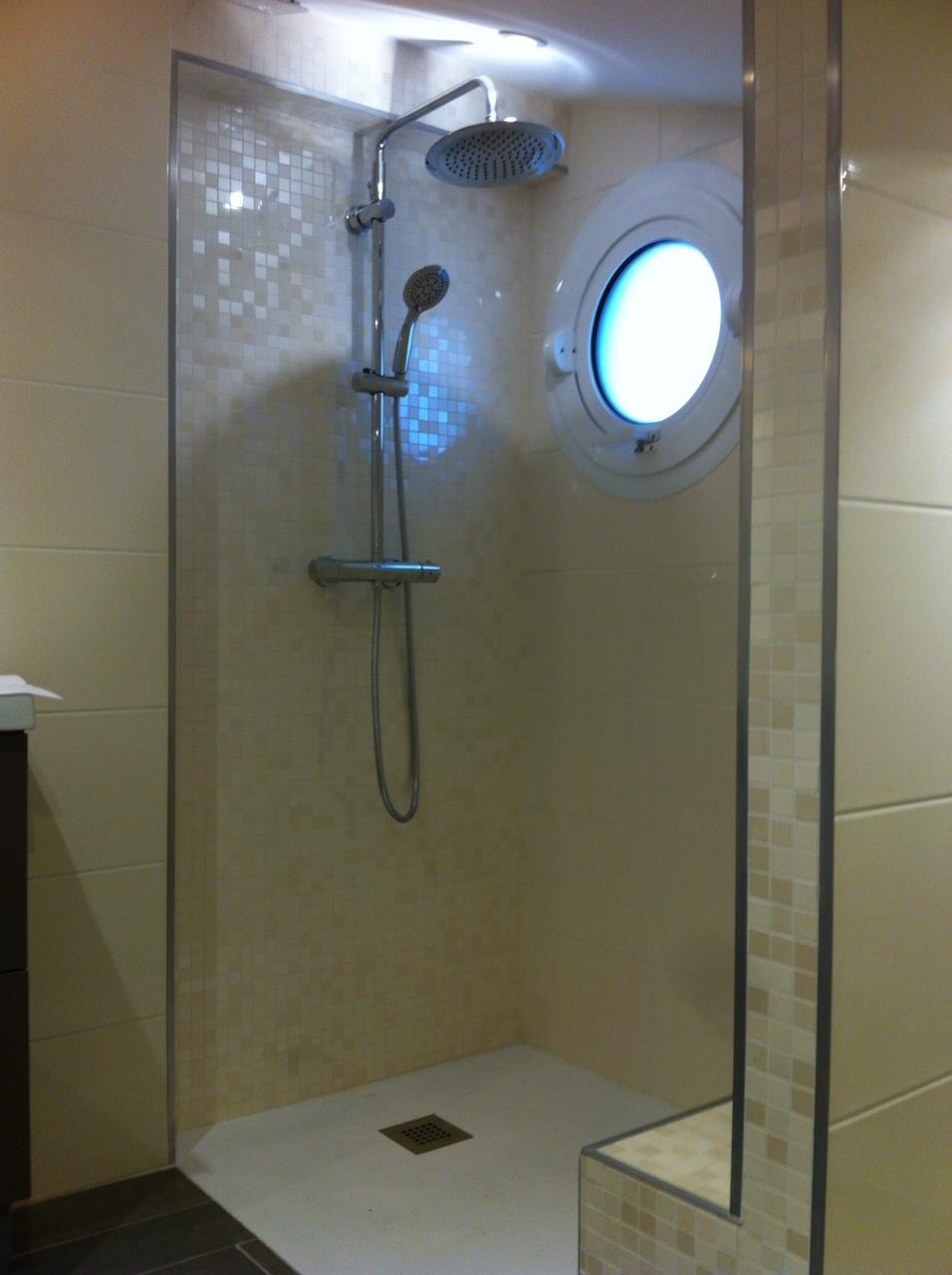Salle de bain créée