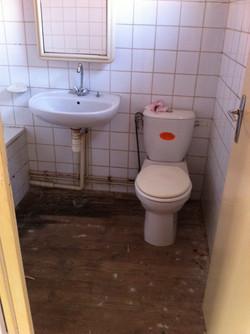 Salle de bain étage avant travaux