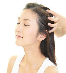 oil-head-massage.jpg