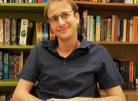 הסופר הישראלי שכבש את פסגת אמזון