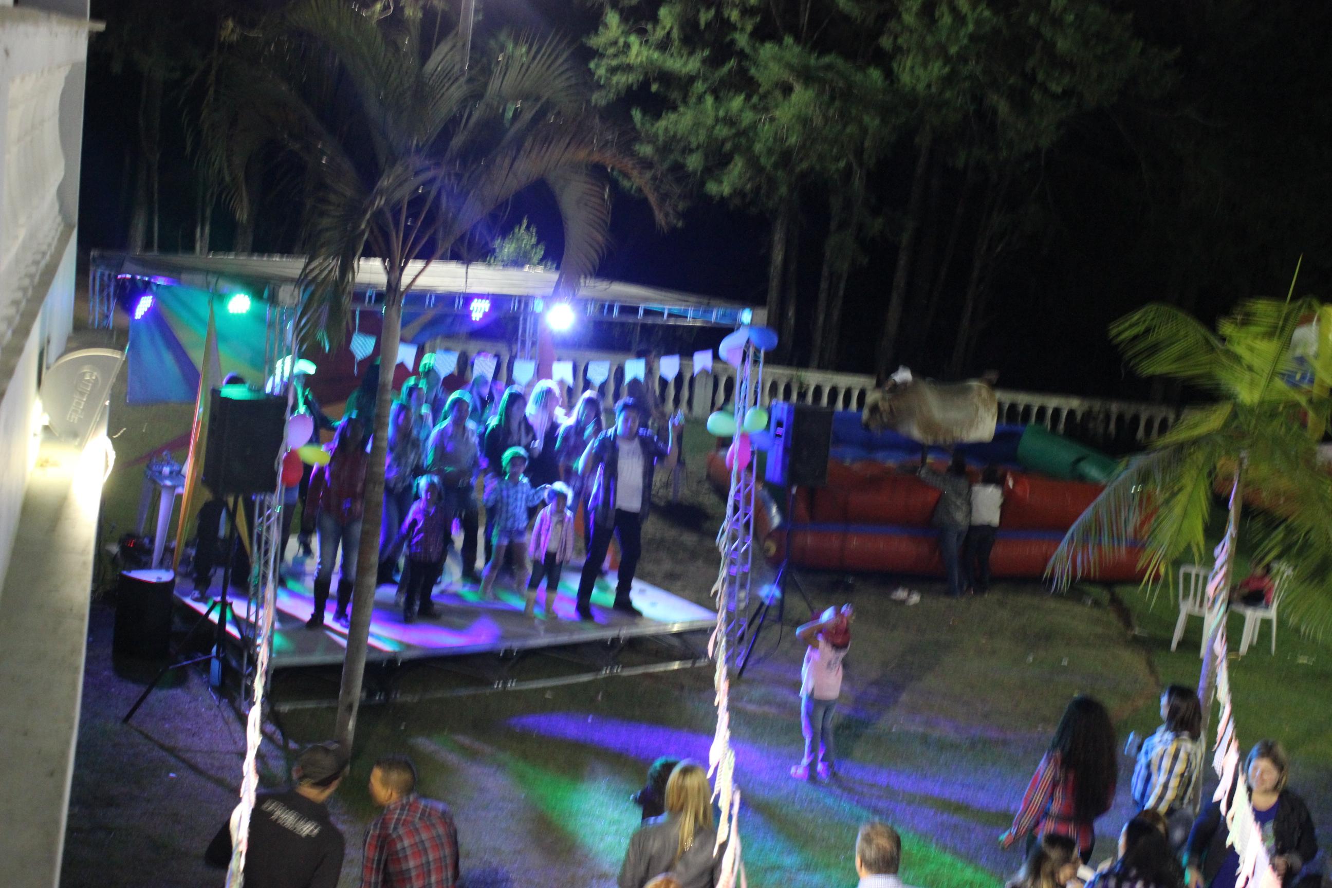 palco festa junina