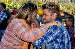 dança com a laranja