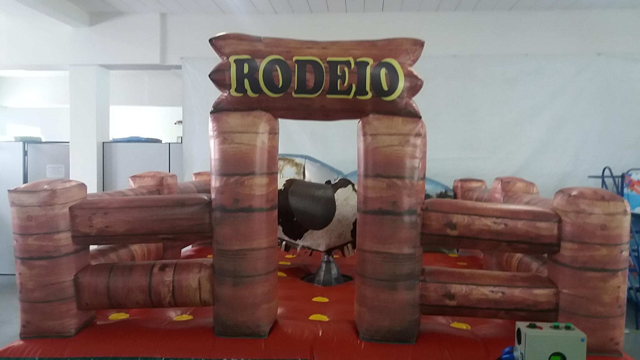 Locação de touro mecânico