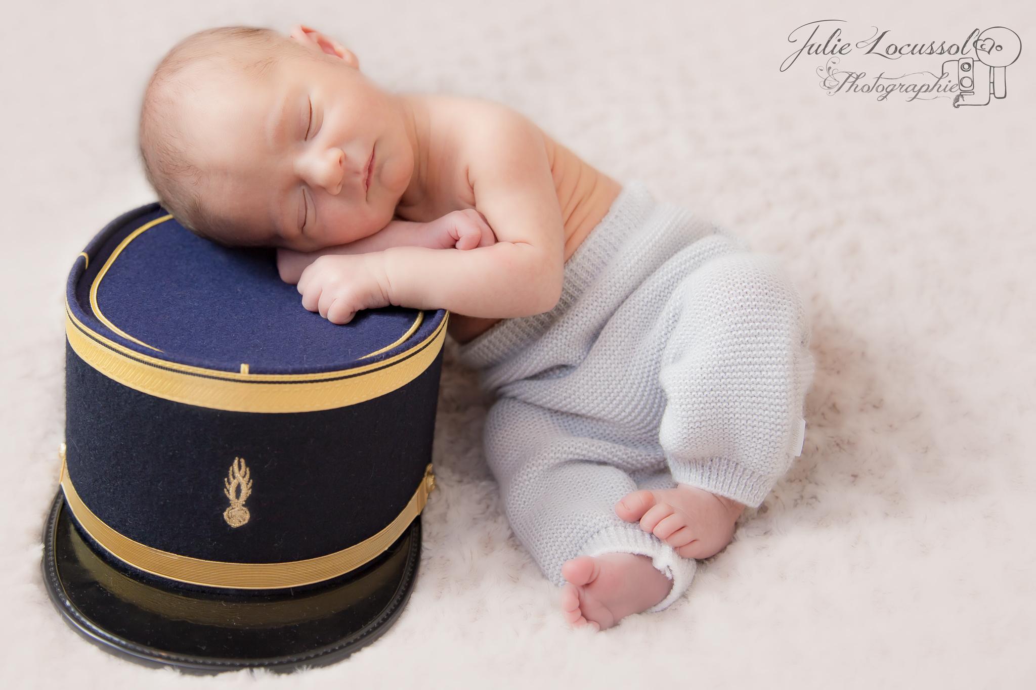 Photo bébé képi
