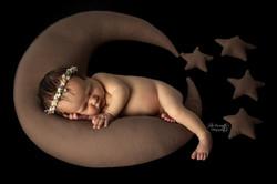 Bébé sur lune