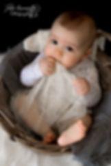 Photo bébé garçon panier