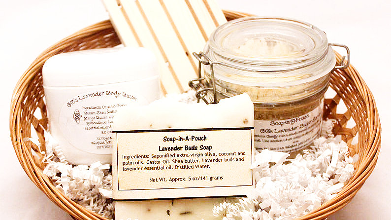 Natural Lavender Bath and Body Gift Set