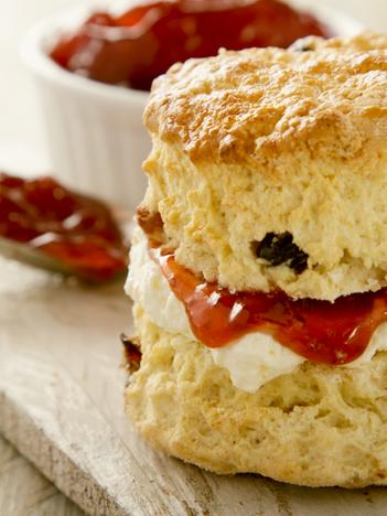 Scone with clotted cream & jam