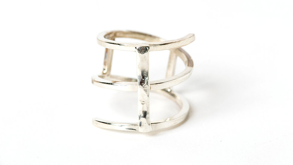 TWIST RING STERLING WITH A SILVER BAR