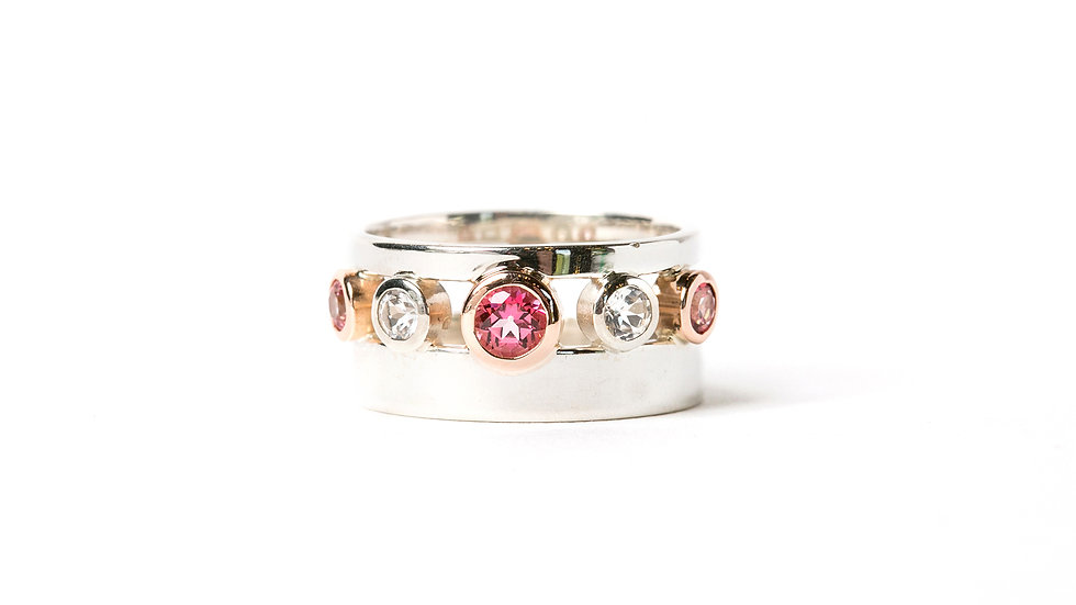 DOUBLE BAND WITH PINK AND WHITE TOPAZ RING