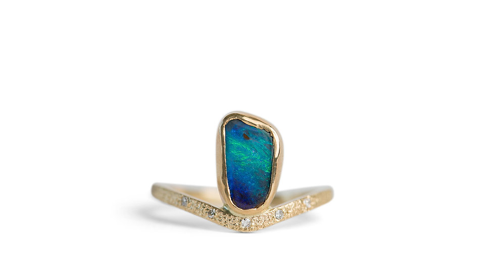 BOULDER OPAL RING IN 14K YELLOW GOLD