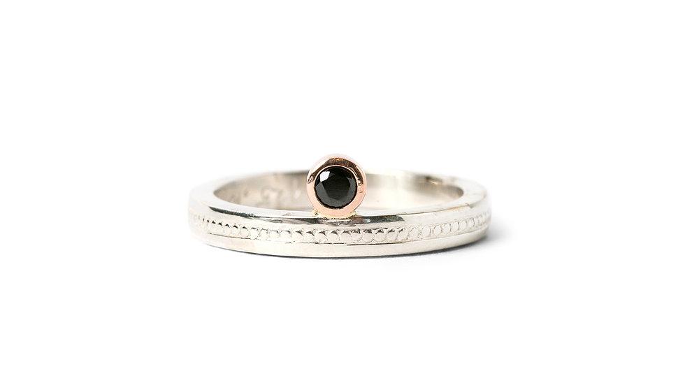 Black Spinel Off Set Ring