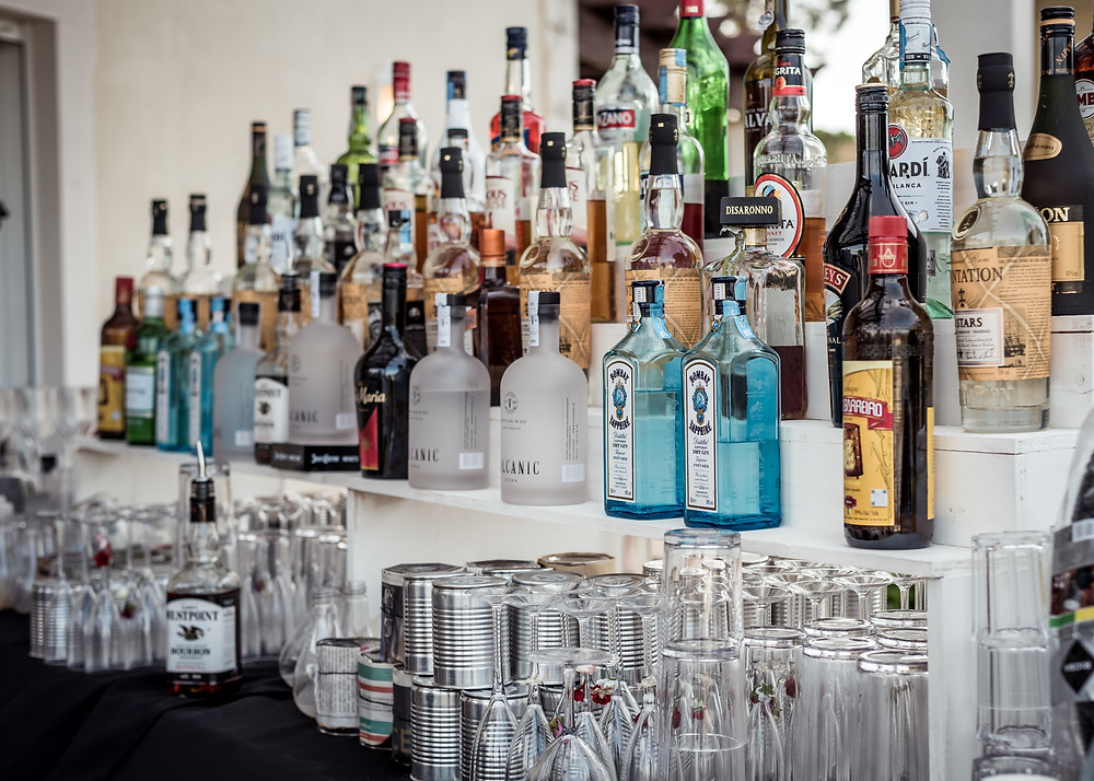 Hire the most efficient Bartending Company for your wedding, party or corporate event