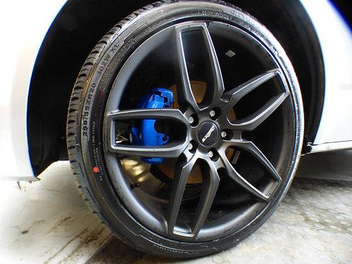 Calibre CC-U 20x9J 5x120 alloy wheels finished in gunmetal grey