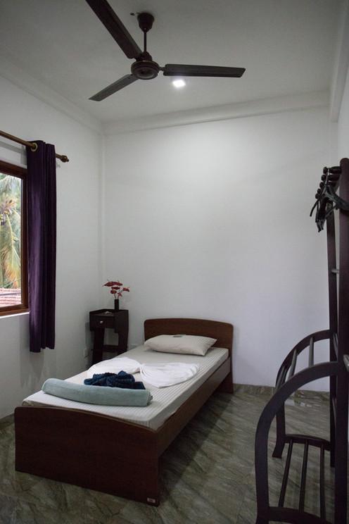 Room No.6 Single room