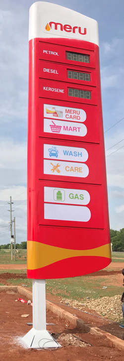 PYLON & STRUCTURAL SIGNS