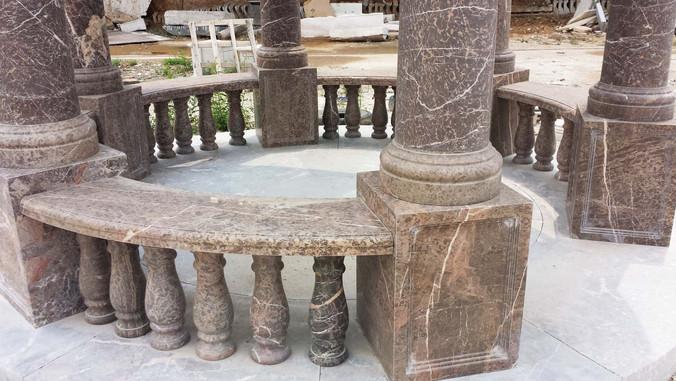 Pavillon aus Granit