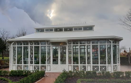 Orangerie Homburg aus Stahl.jpg