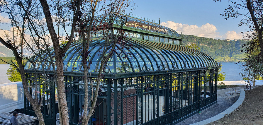Orangerie aus Stahl und Glas.jpg