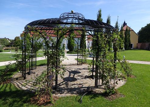 Gartenpavillon aus Stahl