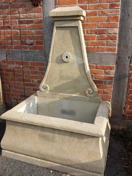 Sandsteinbrunnen