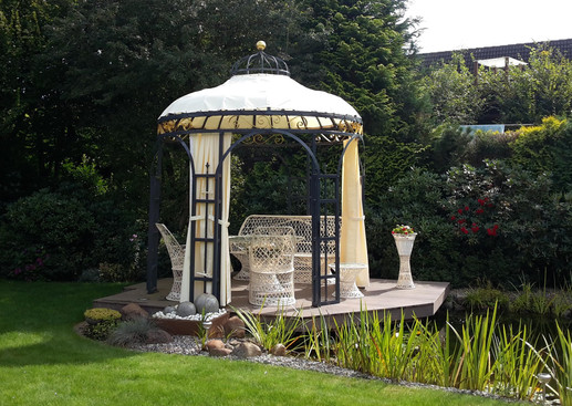 Gartenpavillon.jpg