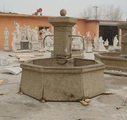 Marktbrunnen 2 Ausläufen