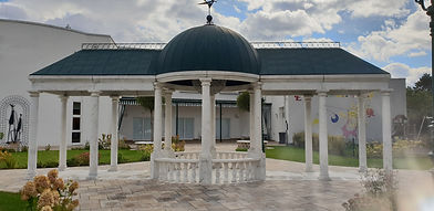 Pavillons aus Marmor