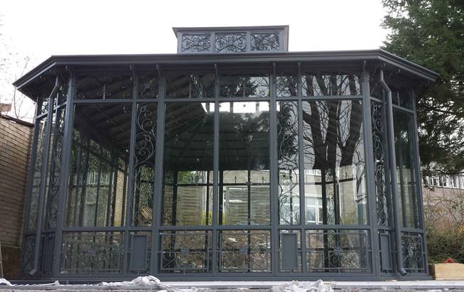 Orangerie aus Stahl.jpg