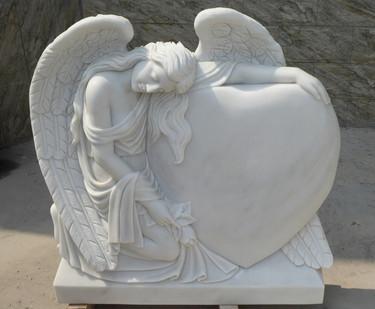 Engel mit großem Herz
