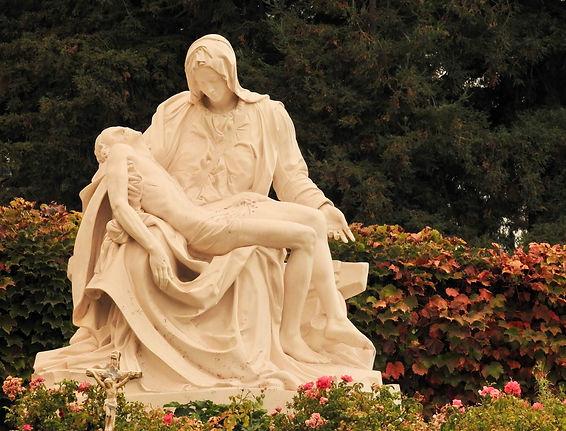 Pieta 22.jpeg