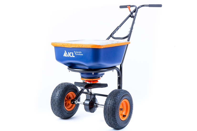 ICL AccuPro 2000 is a broadcast rotary spreader to aid with consistent spread of grass seed and granular fertilisers.